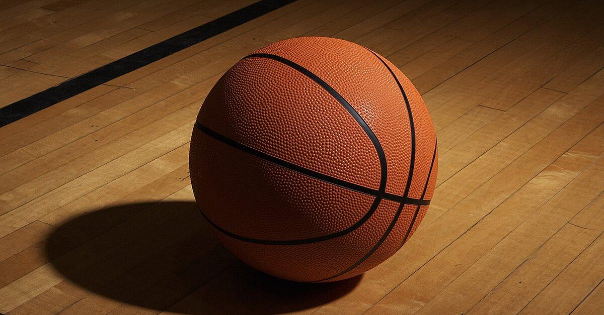 AAU basketball game turns into massive brawl | SI.com
