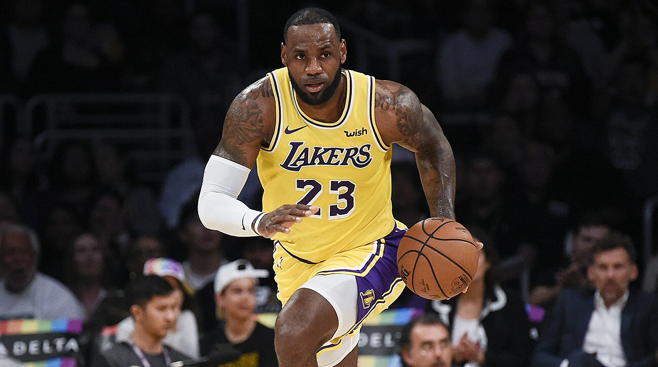 fba60116b7b Will LeBron's Lakers be anything more than a spectacle? | SI.com