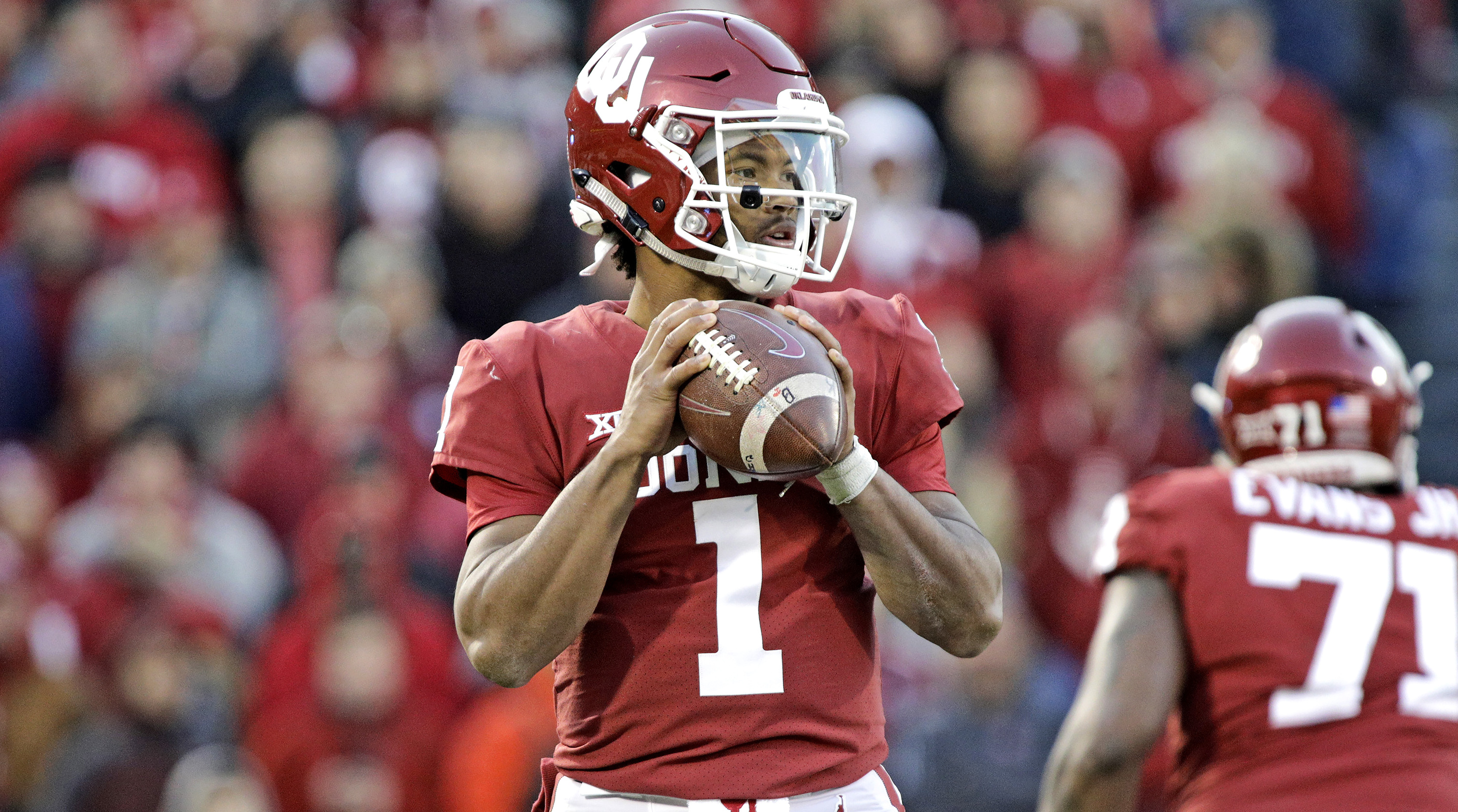 College football rankings and accurate weekly picks Exclusive content features and analysis