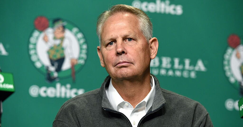 detailed look 02c3f 313d7 Danny Ainge  LeBron May Be Using  Donald Trump Approach  in GOAT Debate  Sports Illustrated - 8 days ago