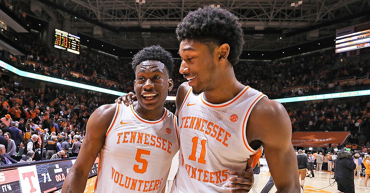 College Basketball Top 25 Tennessee Tops Duke In Ap Rankings
