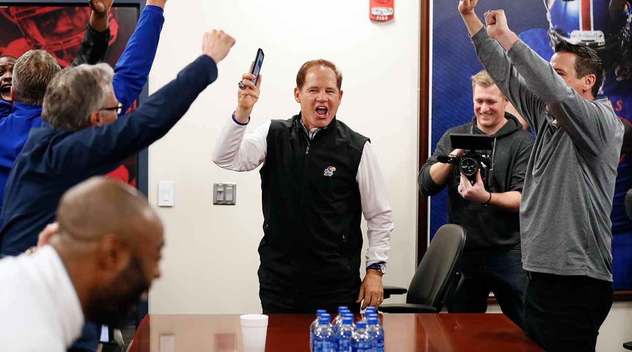 Kansas Jayhawks Football Bleacher Report Latest News Scores