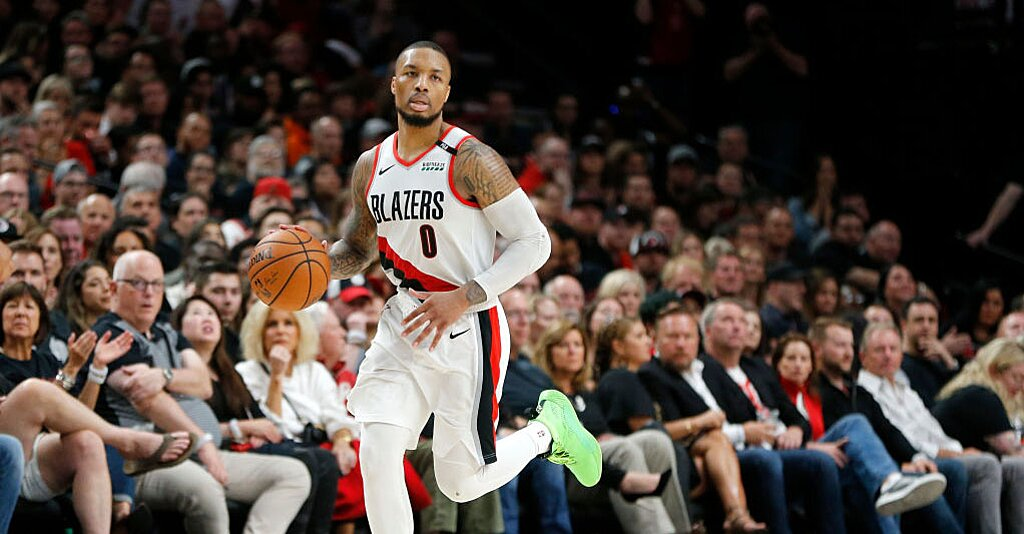 Report: Damian Lillard Playing Through Separated Ribs vs. Warriors in Conference Finals