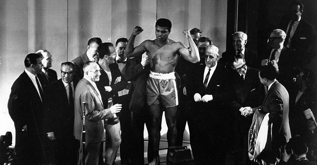 5265749f6 The Eleven Men Behind Cassius Clay | Vault