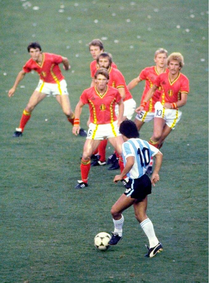 1982-maradona-belgium.jpg&w=800&q=70