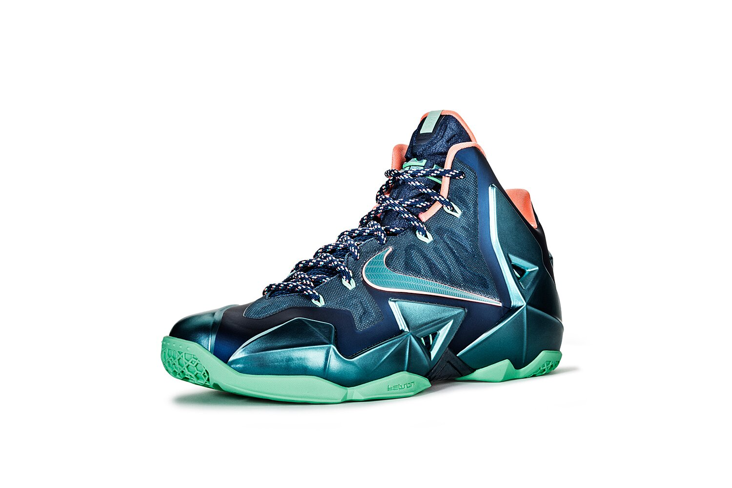 buy online 53bba dcb20 LeBron James Signature Sneakers  Ranking the Best of the King   SI.com
