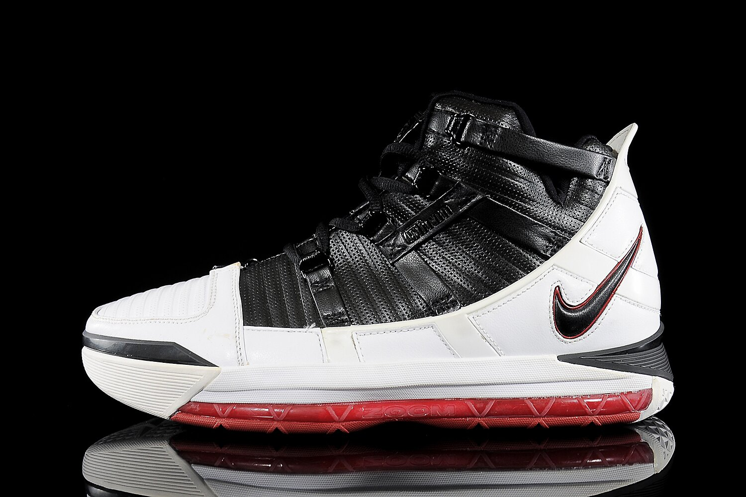 dc67245c458 LeBron James Signature Sneakers  Ranking the Best of the King
