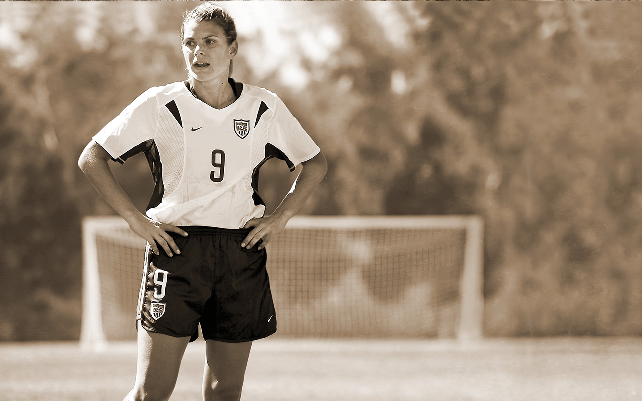 Mia Hamm Is The Worlds Best Female Soccer Player Vault