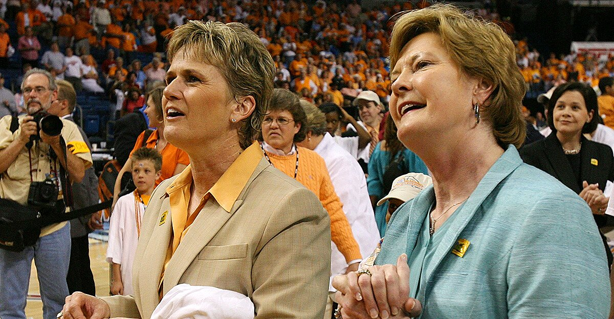 Pat Summitts Mentee Holly Warlick Takes Over Vault