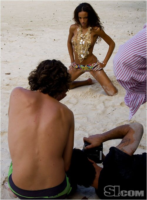 Selita Ebanks - Behind the Scenes - 2007 Sports ...