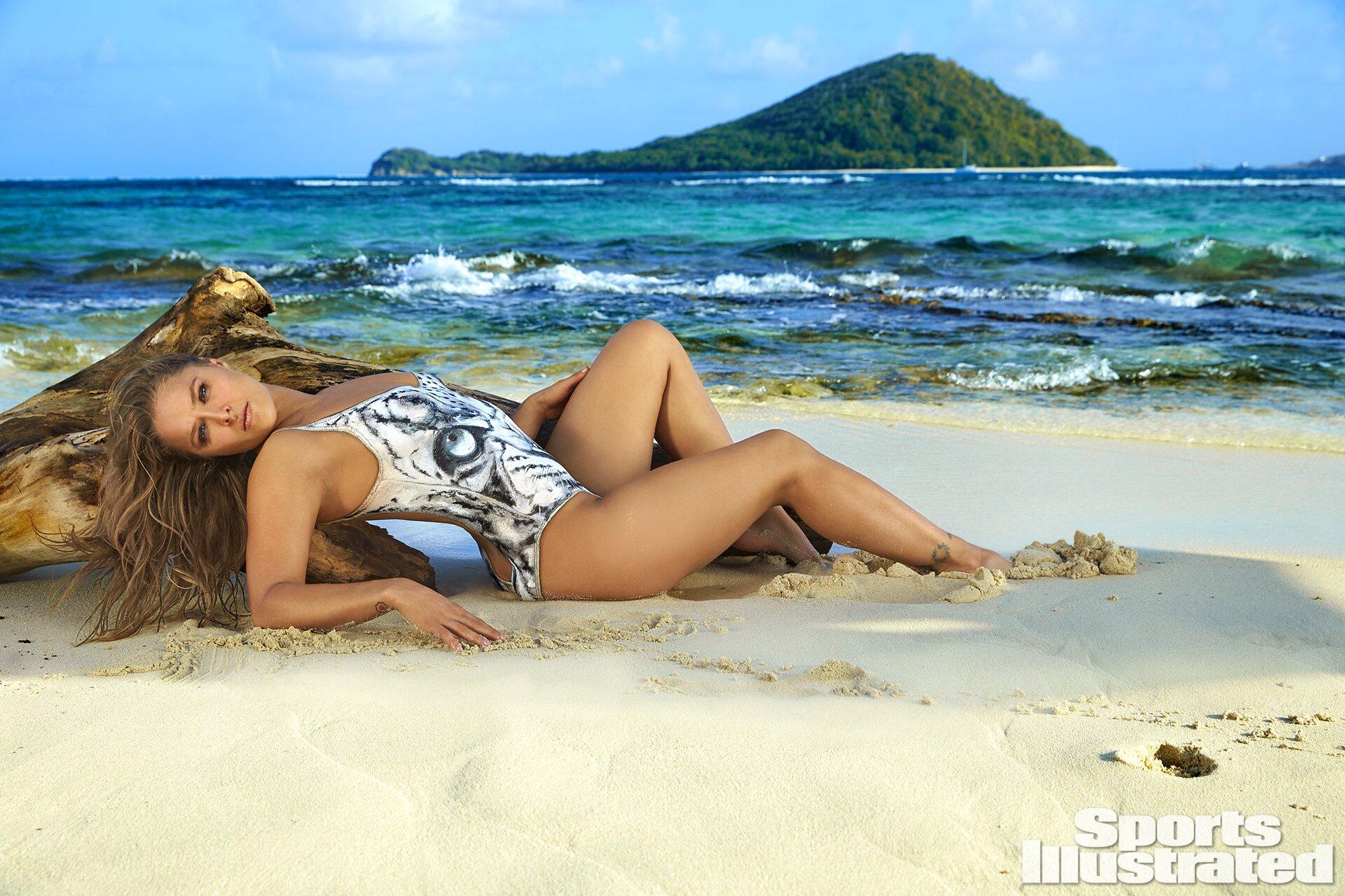 Ronda Rousey 2016 Swimsuit Bodypaint Gallery