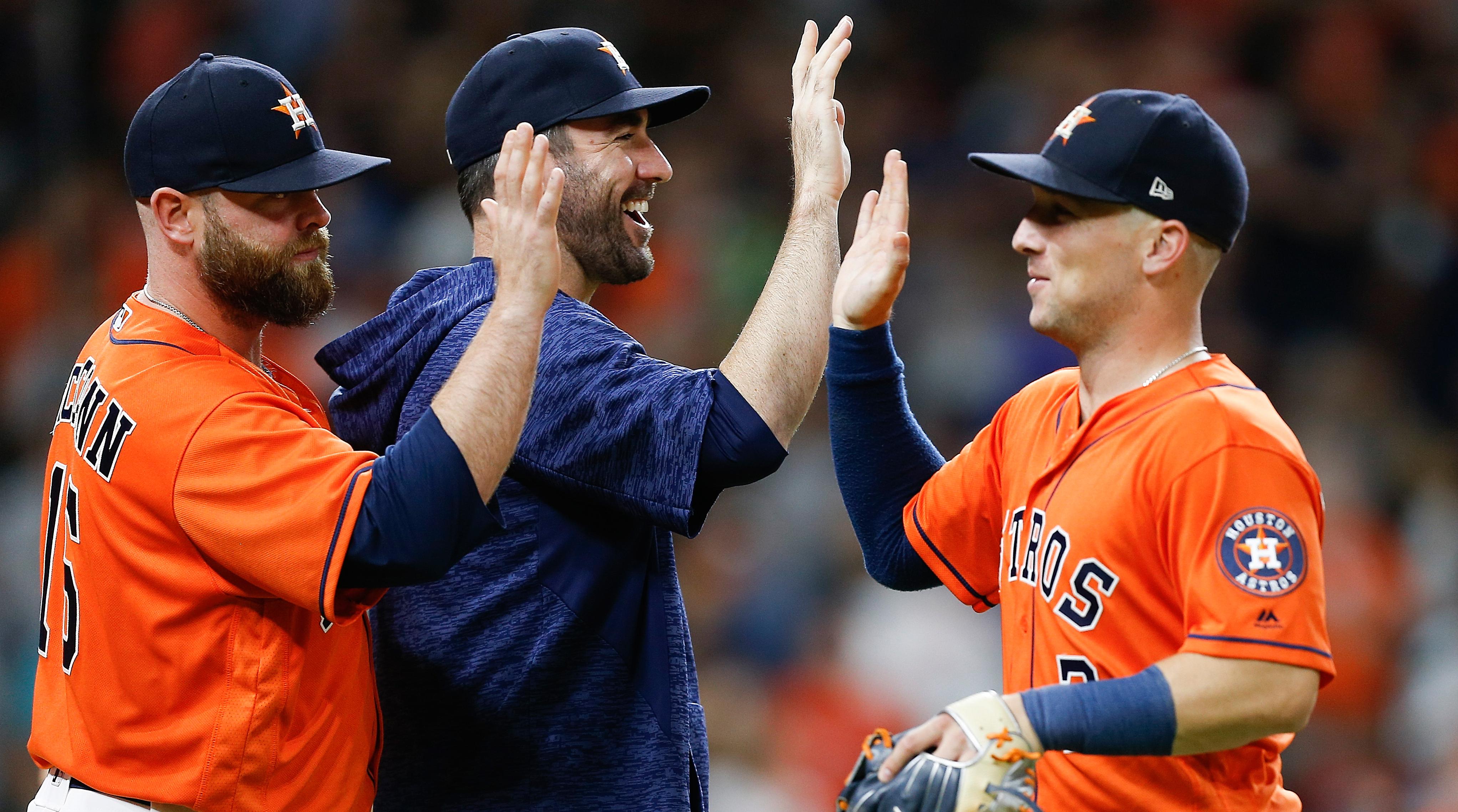 Astros-celebrate-playoffs