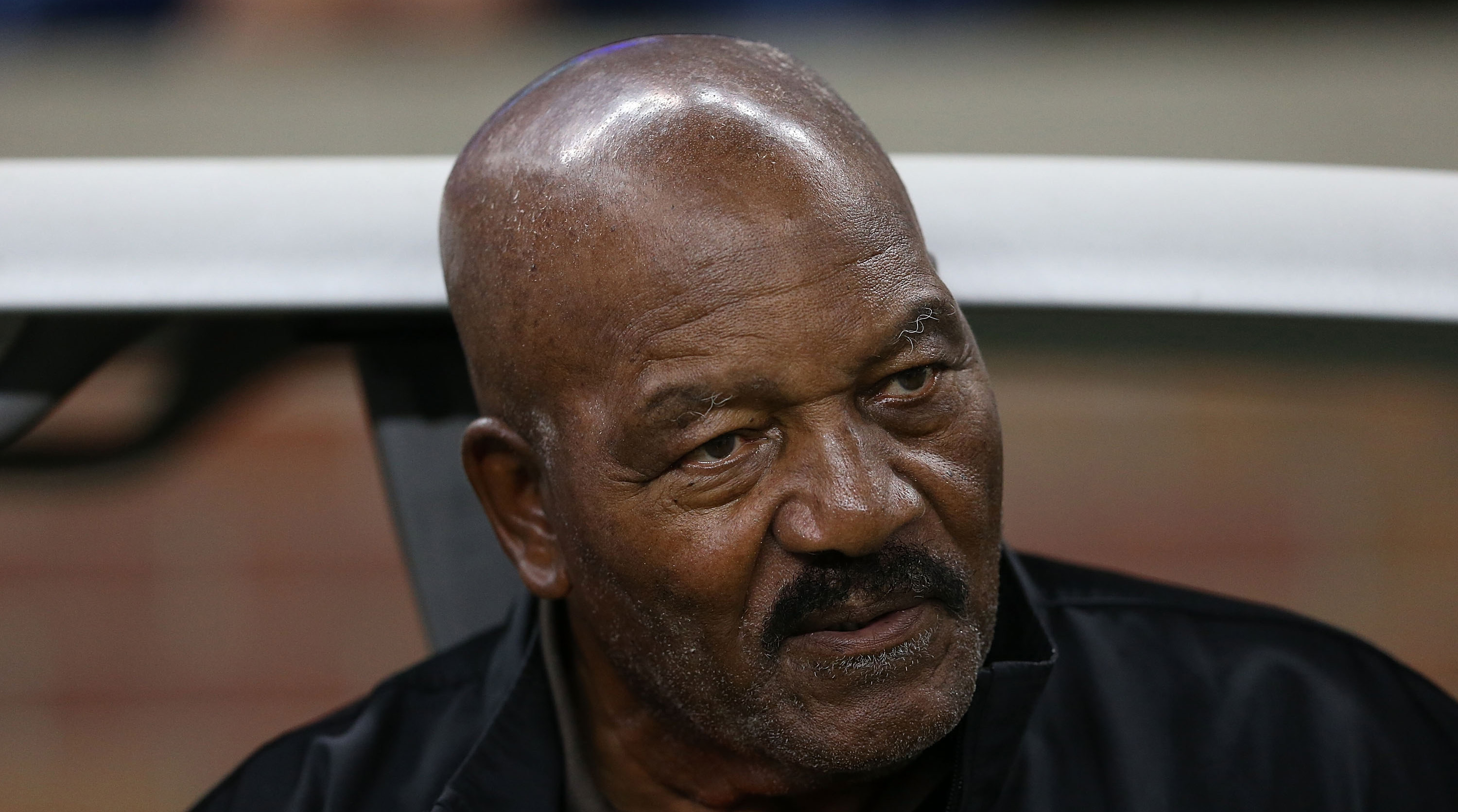 Jim Brown: 'I Don't Think That We Should Take Knees in Protest'