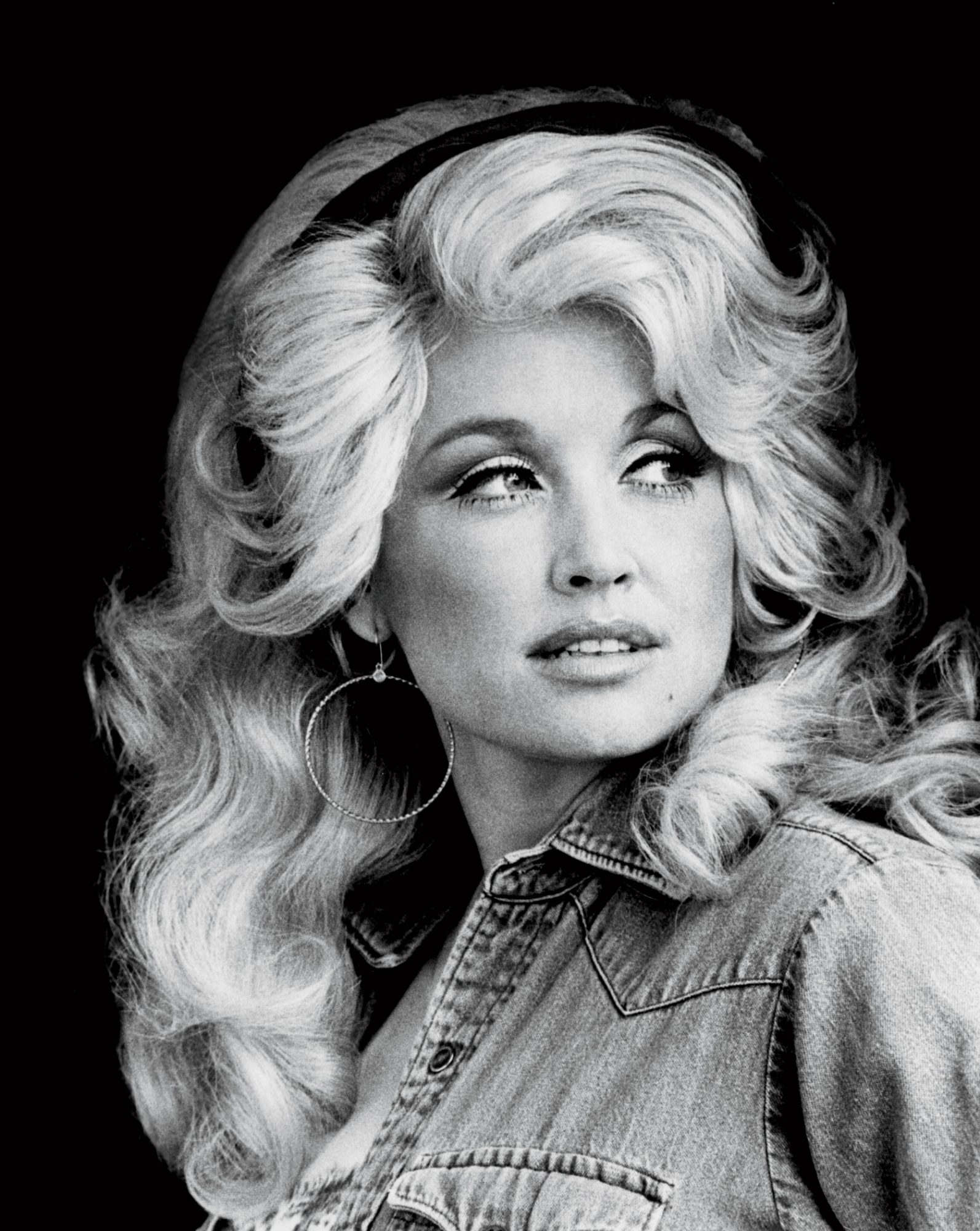 Why Big Hair Will Always Be In Style Down South - Southern Living