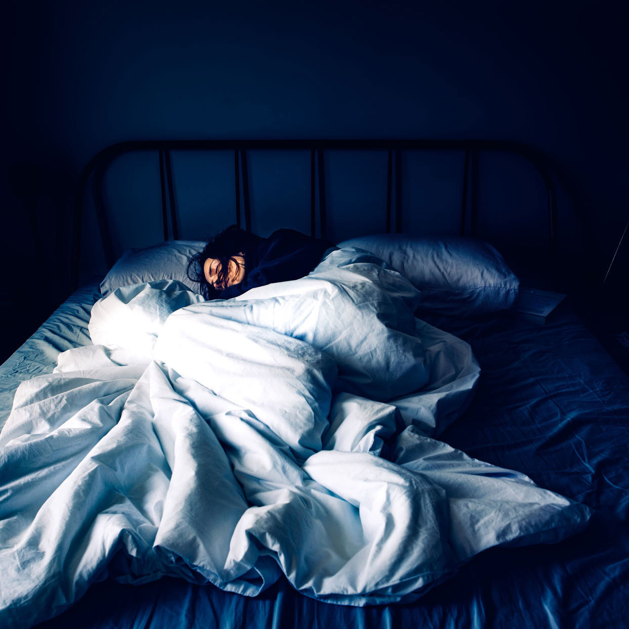 """How to Deal with """"COVID-Somnia"""" or Sleeping Poorly Due to the Pandemic"""