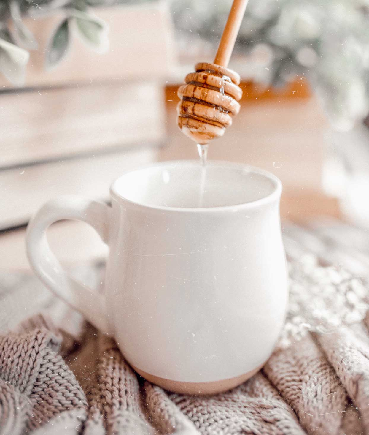 The Only Tea I Drink When I Feel a Sore Throat Coming On, According to a Nutritionist