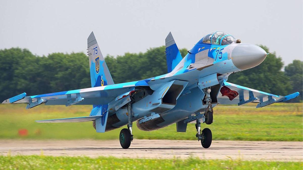 A Ukranian Su-27UB like the one Lieutenant Colonel Seth