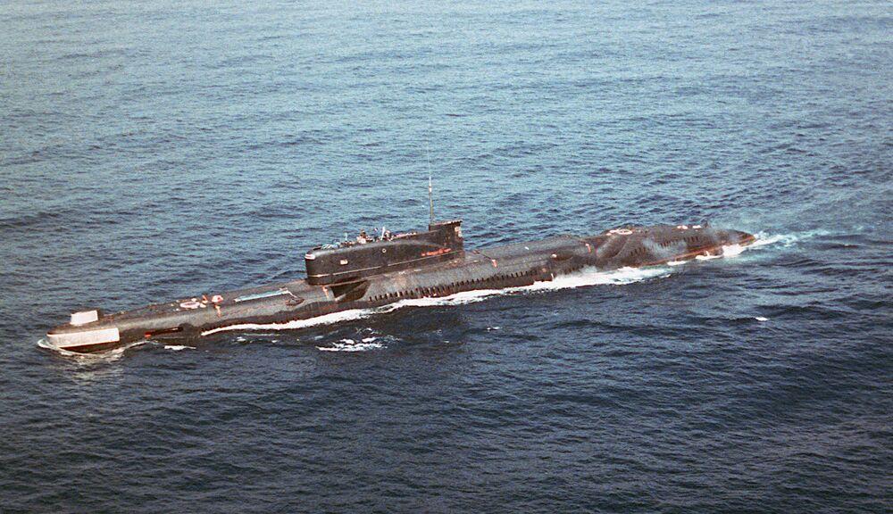 The Soviet Project 651 or <em>Juliett</em>-class guide missile submarine K-77.