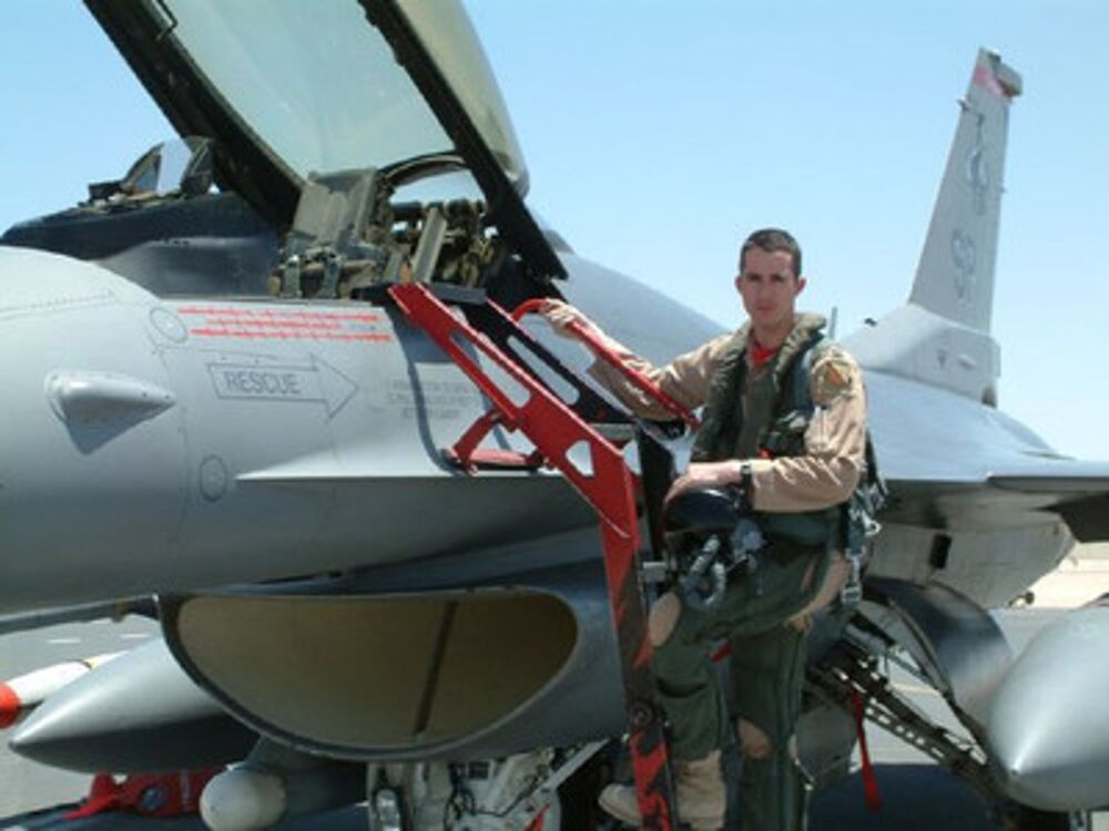 A picture from Maestro's earlier days of flying F-16s.