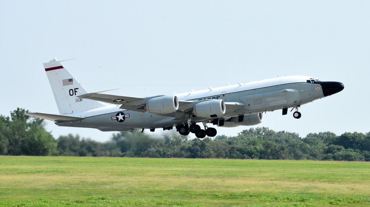 An RC-135V/W Rivet Joint.