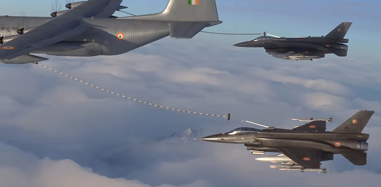 F-21s refuel with a KC-130J in Lockheed Martin's video.